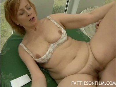 Fat ginger MILF Linda gets her hairy snapper screwed extra hard